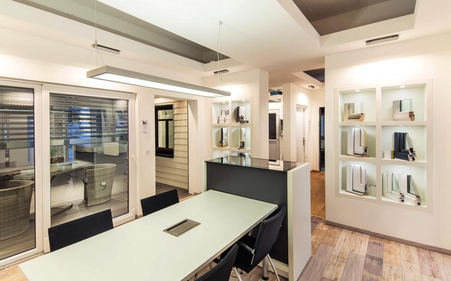 Die separaten Beratungsplätze bieten Ruhe und Platz für die Gestaltungder eigenen vier Wände.