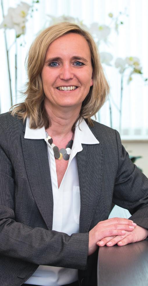 Ab 2. Januar 2018 wird Frau Eva-Maria Kropp die Geschäftsführung des HWG Peine übernehmen.